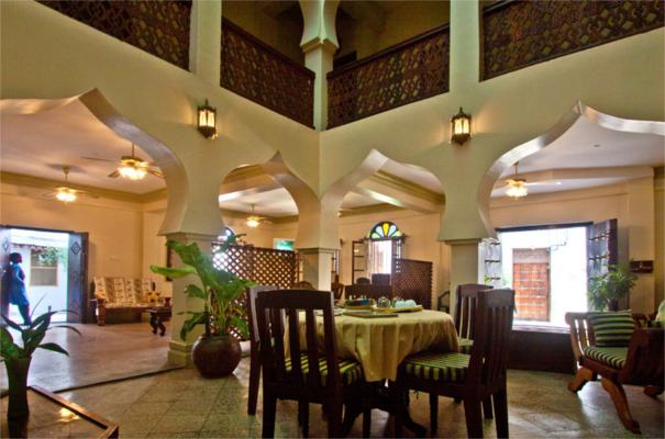 Asmini Palace